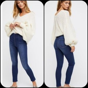 Free People Ultra High Pull On Jegging Skinny Jean